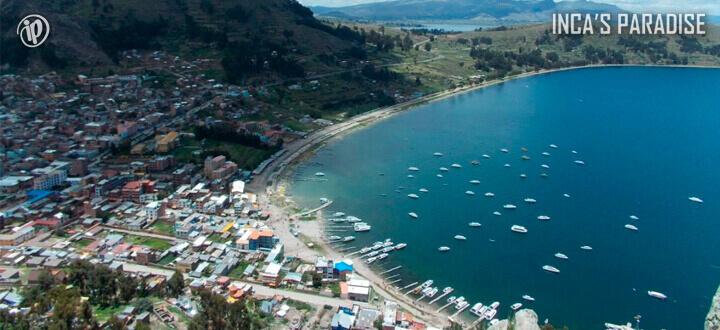 Fantasia Salar de Uyuni desde Lago Titicaca en Semana Santa
