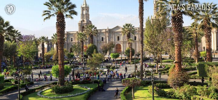 Plaza de Armas Arequipa por Fiestas Patrias