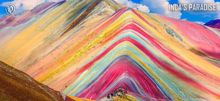 Rainbow Mountain por Fiestas Patrias en Cusco